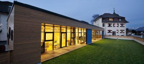 Фасады из лиственницы с Pullex Holzol