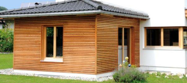 Как правильно покрасить деревянный фасад