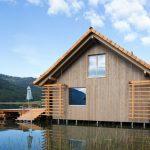 Эффект состаренной древесины на фасаде деревянного дома с помощью лазури Pullex Silverwood